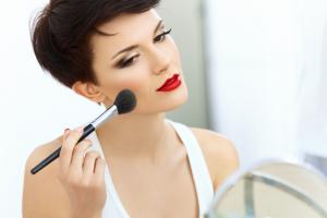 Pincel-de-maquillaje