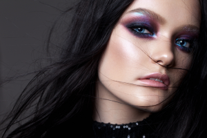 modelo-maquillaje-profesional-de-noche