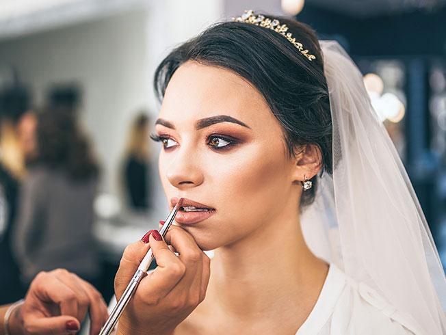 ¿Qué colores utilizo en el maquillaje de novia?